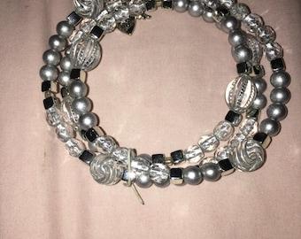 Beautiful silver beaded bracelet/necklace