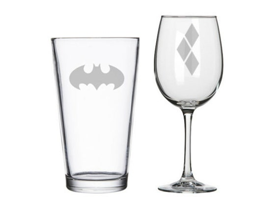 Batman and Harley Quinn his and hers glasses, The Dark Knight, Joker, geeky nerdy wedding gifts, pint or wine glasses, comic books DC