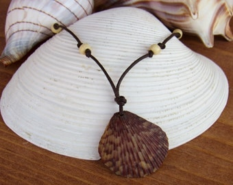 Speckled Scallop Shell Necklace