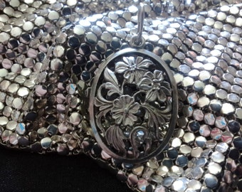 Vintage Russian USSR 875 Silver Flower Pendant Neckalce in Perfect Condition Fully Hallmarked Handcrafted 1950's
