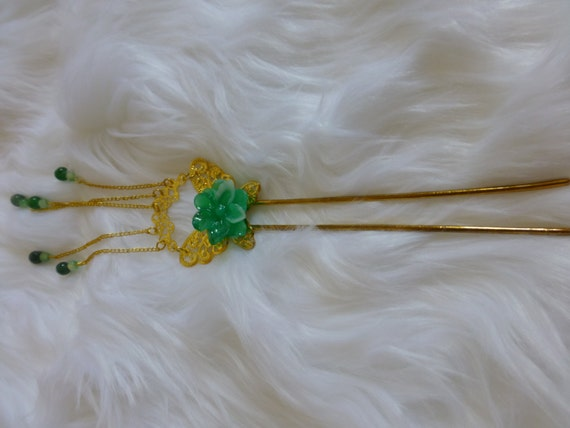 Chinese Golden Butterfly and Green Jade Flower Hair Accessories Hair Stick Hair Pin