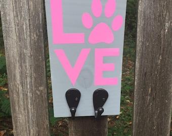 Dog Love Leash Sign