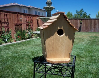 Handcrafted cedar birdhouse #112 FREE SHIPPING