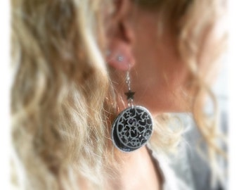 Nespresso pods and drop earrings with filigree steel, stars, idea realo