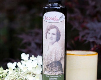 Leonida Olive Oil - Made by hand in Tuscany. Product of Italy.