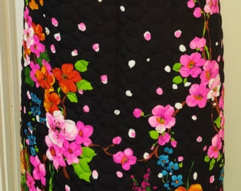 Unique and Stunning Vintage 70s Vibrant Floral Quilted Fabric Maxi Skirt Hawaiian Flowers Cherry Blossoms Small