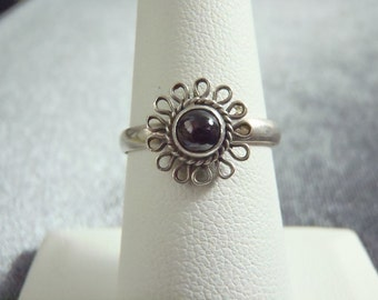 Sterling Silver Dainty Flower Amethyst Ring RR30