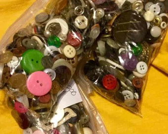 Vintage Sewing Buttons ~ 1950's- now
