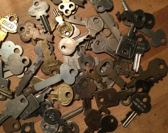 Luggage Keys assorted shapes sizes and colors 1900's-1950's