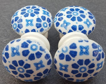 Set of Four Hand Decorated Pine Vintage Style Shabby Chic Drawer Knobs Pulls