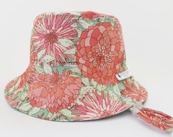 "XS/48cm Reversible Kids Sunhat With Chin Strap & Toggle ""Pink Flower"" 