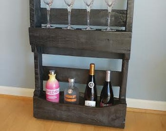 Cutom made wine rack made from pallet wood
