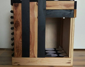 Kitty's hide box & day bed