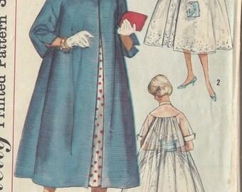 "1958 Vintage Sewing Pattern COAT B36"" (R358)  Simplicity 2378"