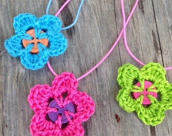 3 or 10 Crochet Button Flower Necklaces for Girls, Crochet Necklace,Party Favor,Dress Up, Spring Flower Girl