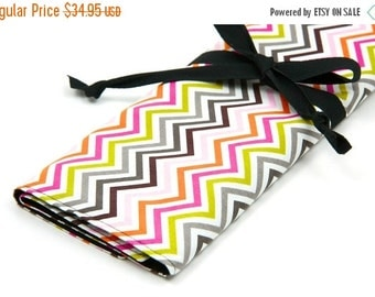 Sale 25% OFF Large Knitting Needle Case - Hot Chocolate with 30 black pockets for straights, circular, double pointed or paint brushes