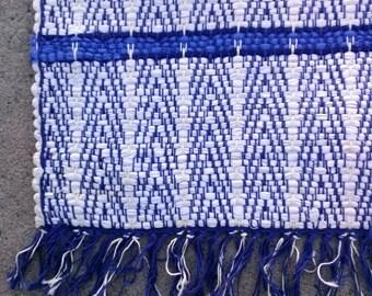 Vintage 1960s Rug Farmhouse Woven Rag Rug 26 x 45 Inches 20160205J189