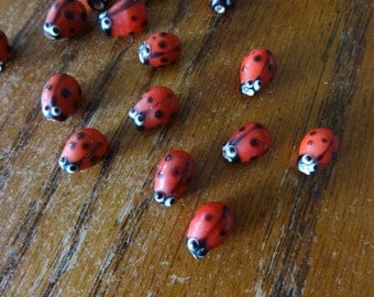 US Shipper - Lady Bug Lampwork Beads 15 x 10 x 6 mm with 2mm hole