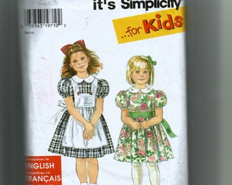 Simplicity Child's Dress and Pinafore Pattern 7422