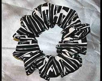 Zippers Hair Scrunchie, Fabric Ponytail Holder, Ponytail Holder, Black
