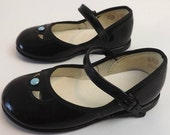 Vintage Girls Patent Leather Shoes Size 4 1/2D, Formal Wear, Childrens Fashion Accessory