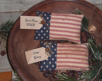 2 Primitive Patriotic Rustic July 4th God Bless USA - Olde Glory Americana American Flag Bowl Fillers Ornies Tucks Shelf Sitters