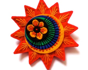 Retro starburst felt brooch with freeform embroidery