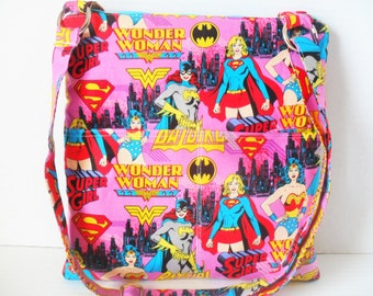 Wonder Woman Crossbody Bag - Sling messenger bag - Wonder Woman - Messenger Bag - Ipad Bag - Crossbody - Zipper Bag - Tablet Case