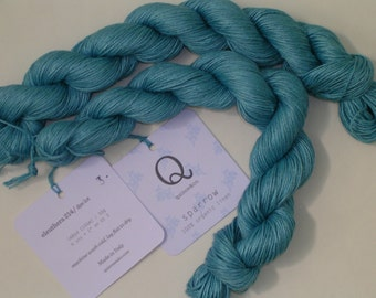 "Quince and Co Sparrow Linen Yarn ""Eleuthera"" - 2 skeins"