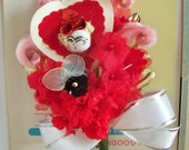 Valentine's Day / Petite Floral Corsage / Vintage Style / Old Stock Craft Supplies & Vintage Findings / Spun Cotton Head / Chenille Bee