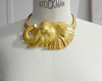 Unique vintage elephant pendant necklace