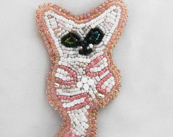 Bead Embroidery White Cat Brooch Pin