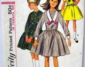 ON SALE Vintage Sewing Pattern Simplicity 6069 Girl's Dress Pattern Size 7 Uncut and Complete