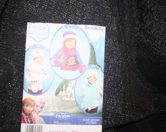 "UNCUT Simplicity 8029 Disney ""FROZEN"" Hats, Mittens, Scarves, Sewing Pattern SEWBUSY12"