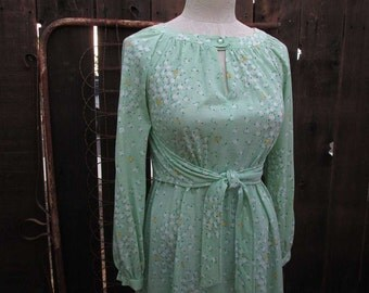 Vintage mint green Dress Green Apple print 70s fit and flare boho Dress vintage 70s poly knit dress S M