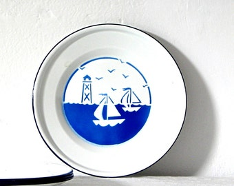 Vintage Enamelware Plates White Blue Sailboat Dishes Set of 4 Plates Summer Nautical Cottage Shabby Chic Picnic Dishes