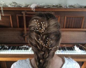 2 hairpins Gold freshwater pearl & Swarovski crystal hairpin