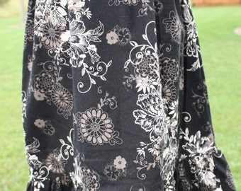 ON SALE Back to School Skirt Size 16 Black with cream and tan florals