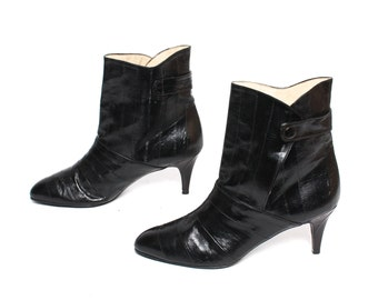 size 9 HANDMADE black leather 70s 80s EEL SKIN genuine stiletto high heel ankle boots