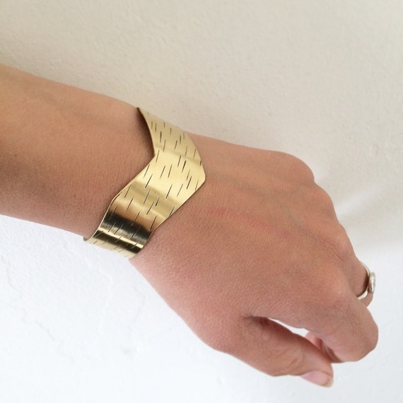 Striking Brass Chevron Cuff - Adjustable - Gold - Festival  - Geometric - Bangle