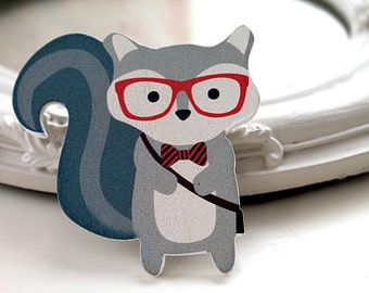 Raccoon in spectacles wooden brooch cute woodland glasses