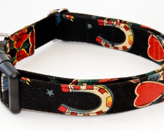 Horse Shoes and Hearts Dog Collar - Martingale & Buckle 1 - 2 Inch Width