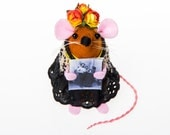 Frida Kahlo Mouse ornament artisan felt rat mice cute gift for artist gift for feminist gift for art lover FREE SHIPPING