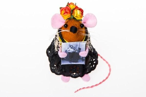 Frida Kahlo Mouse ornament artisan felt rat mice cute gift for artist gift for feminist gift for art lover by The House of Mouse