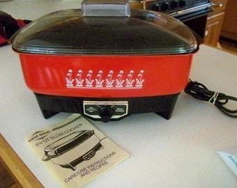 Vintage Red Rectangular Crock Pot West Bend 3-1/2 Qt