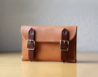 Leather Buckle Wallet in Natural Tan