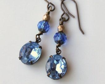 Light Sapphire Blue Earrings / Vintage Glass Rhinestone Earrings / Wedding Jewelry / Vintage Earrings / Something Blue