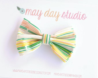 girls/toddler fabric boutique bow hair clip, peach yellow green sketchy stripe alligator clip hair bow