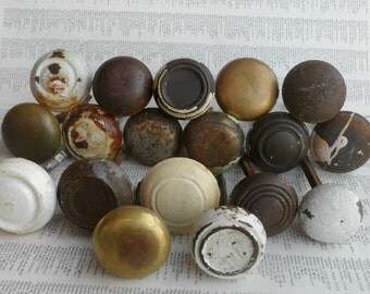 SALE! 18 vintage distressed metal & brass doorknobs with stems for decor and projects WHOLESALE pricing