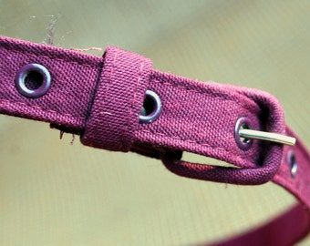 Vintage 1970s Hy-Ten Maroon Fabric Belt  -  Narrow